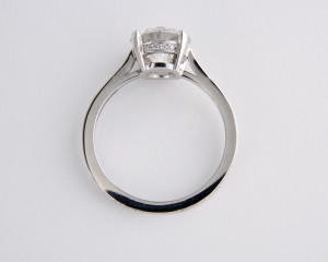 2.diamond solitaire on diamond set band side view